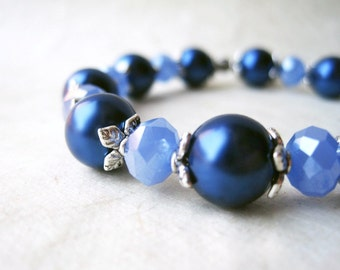 Blue Pearl Bracelet, Navy Blue Bridesmaid Bracelet, Periwinkle Crystals, Vintage Style Wedding Jewelry, Silver and Blue Beaded Bracelet