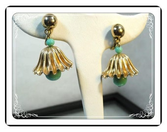 Vintage Bell Flower Earrings in Goldtone w Turquoise Beads   -   E281a-030813010