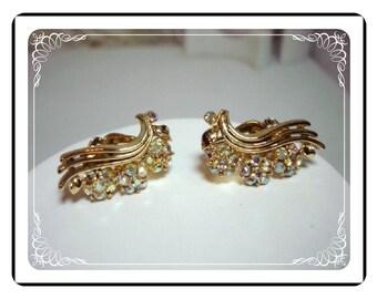 Lisner Rhinestone Earrings - Signed  w Aurora Borealis Flowers on a Ribbon E324a-04081200