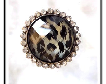 Wowzer Large Ring - Unusual Vintage Rhinetone Adjustable Ring  R2799a-090314007