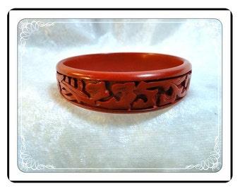 Cinnabar Lucite Bracelet - Vintage Carved Red Simulated Cinnabar Bangle - Brac-1650a-083013000