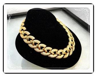 Modernist Napier Necklace - Chunky Goldtone Chain Choker Vintage  Necklace Signed Napier  Neck-1549a-122512000