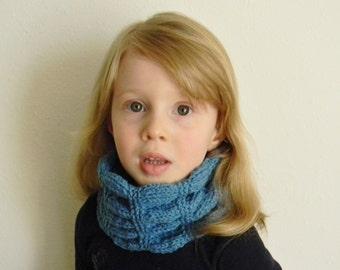 Knitting pattern - Lizzy Warmer, knit cowl pattern, ruffled knit cowl pattern, knit neck warmer pattern, knit cowl scarf, knit ruffle scarf