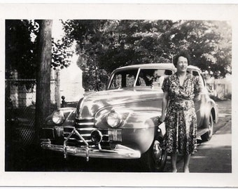 Old Photo Woman wearing Dress standing by Car 1940s Photograph snapshot vintage Automobile