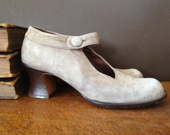 Gray Suede Mary Jane Heels, Spain Light Tan Leather Brown Shoes, Size 9 US