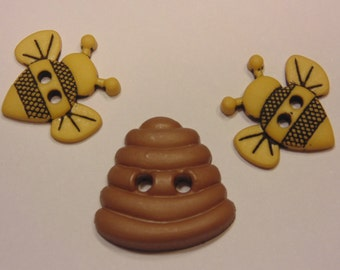 3 piece bee and beehive button set, 18-20 mm (B5)