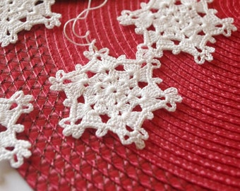 Crochet snowflake Hanging ornaments White winter crochet decorations White snowflakes Christmas snowflake Winter snowflakes S6