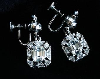 Vintage Rhinestone Dangle Earrings Wedding Any Occasion