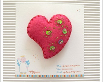 Be my Valentine. Pink Heart Brooch.