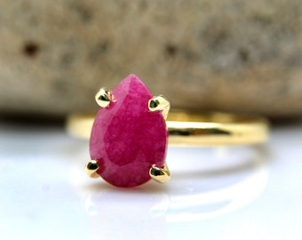 SUMMER SALE - Ruby ring,teardrop gold ring,pear ring,prong ring,stacking stone ring,stacking ring,gold filled ring,drop ring