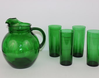 Vintage Forest Green Pitcher and Four Glasses Burple Anchor Hocking