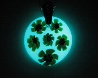 Glow in the Dark Glass Necklace - Yellow Flowers - Free Shipping