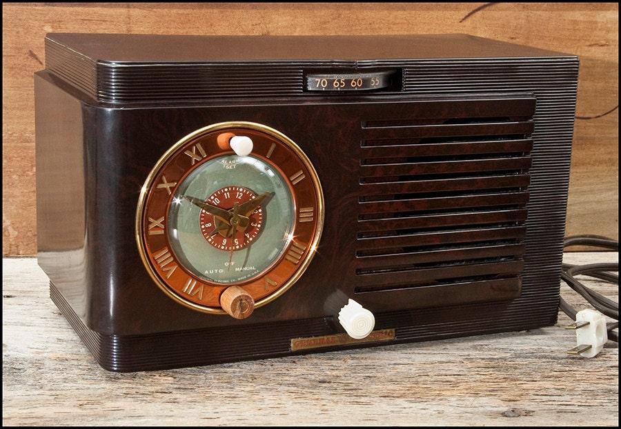 radio alarm clock vintage 1940s general electric model 60. Black Bedroom Furniture Sets. Home Design Ideas