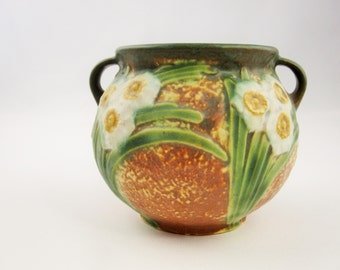 Roseville Pottery -  'Jonquil' Pattern - Small Planter -  Introduced in 1931 - Daffodils Against Brown Pebbled Background - Strap Leaves