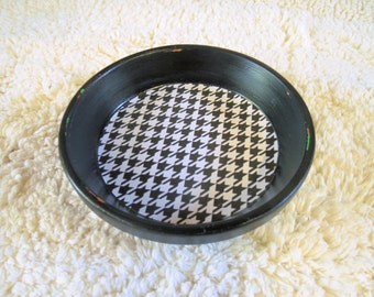 Black Geometric Houndstooth Print Hand Painted Terra Cotta 5 inch Coaster Dish Home Decor