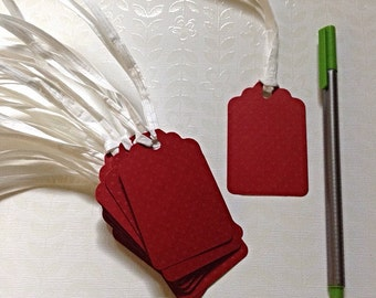 15 paper tags. Red,
