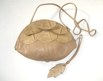 1980s snakeskin crossbody with leather and leaf motif - 1980s purse - 1980s leather purse - 1980s crossbody - 1980s bag - vintage handbag
