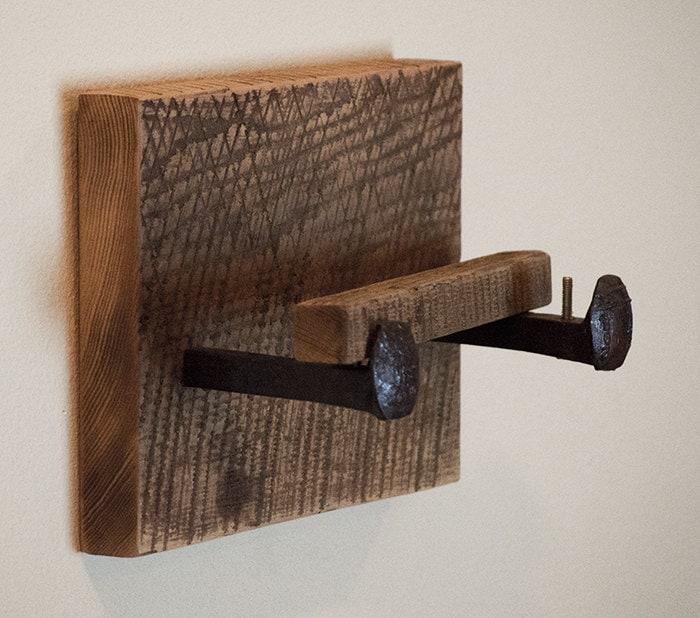 Barn wood toilet paper holder rustic toilet by tumbleweedcabin - Bathroom towel and toilet paper holders ...