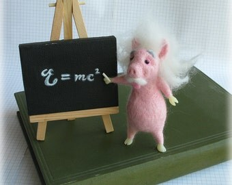 Einstein Pig Felted Model Albert Einschwein Needle Felting Ornament Home Decor Scientist Physics Geekery Gift Art Doll