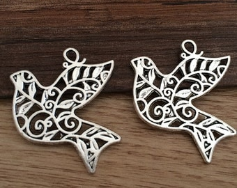10pieces/lot 29mmx36mm dove charm   -  antique Silver charm pendant  Jewelry Findings