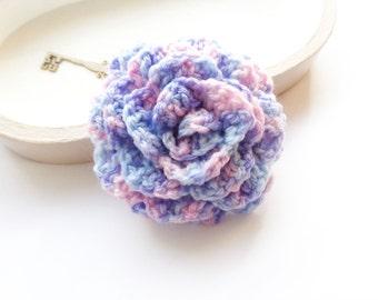 Flower brooch, crochet rose brooch, statement brooch, crochet flower brooch, boutique brooch, yarn jewelry, fiber brooch