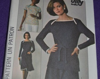 70s Simplicity 7875 Misses Jiffy Knit Skirt and Pullover Top Sewing Pattern - UNCUT Size 10