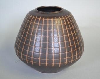 Fritz van Daalen German studio ceramic vase