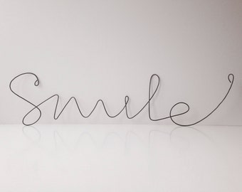 Wire Smile scripture recycled home decoration