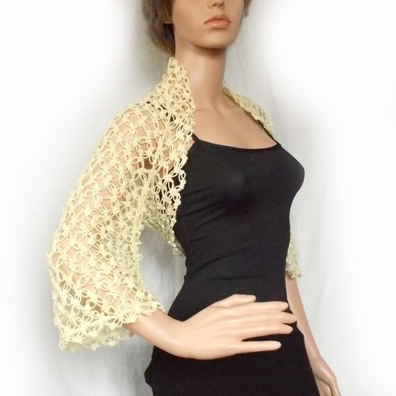 Wedding bolero jacket - Cream crochet shrug - Bridal cover up - Lace shrug - Evening wear - Bridesmaid's accessory - Wedding wrap