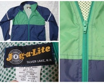 Vintage Retro Men's Jog-a-Lite Green Blue Running Windbreaker Full zip Jacket Large Made in the USA