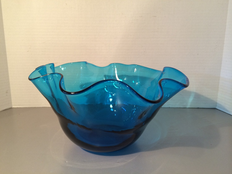 Vintage large centerpiece blue wave bowl by