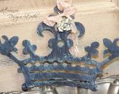 Metal Crown ornament, Rusted crown ornament, Mediterranea Design Studio, Bronze crown ornament, wedding decor, rustic holiday decor