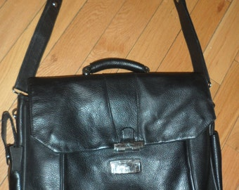bosca black  leather messenger bag  briefcase   black leather holds everthing