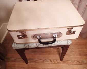 Janis Iro Suitcase 1940s Unique Traveler vintage luggage built in flat iron travel iron, rolling wheels, Vintage storage
