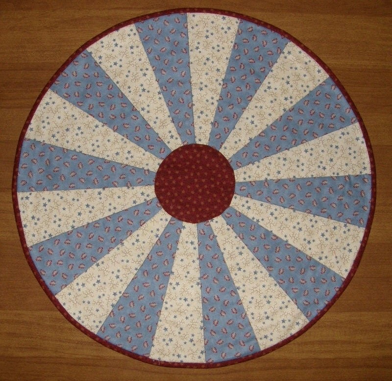 Quilted table topper patriotic americana blue round table for Round table runner quilt pattern