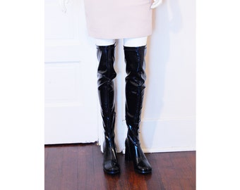 VTG 90s 1960s PERFECT Mod Chunky Platform Heel Shiny Faux Patent Leather Over The Knee Thigh High Go Go Boots Sz 8
