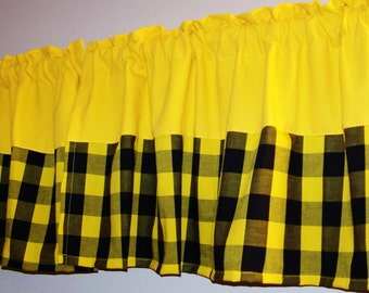 COLOR BLOCK GINGHAM Valance, Bordered Valance, curtain, yellow color block Valance, Home decor , window treatment, great for any room.