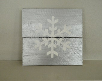 White Snowflake on Silver Pallet Wood