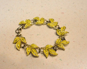 CORO Signed Yellow Leaf Bracelet 7.5 Inches Vintage