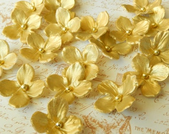 "Gold Metallic Edible Sugar Hydrangeas ""By The Dozen"""
