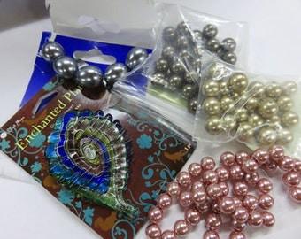 Glass Pendant plus Matching Swarovski Pearls - Extremely Interesting Glass Pendant -Matching Pearls For Unique Necklace