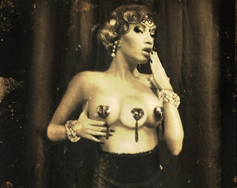 FREAKSHOW - Triple breasted temptress- Poster Print