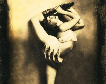 FREAKSHOW - Contortionist- Poster Print