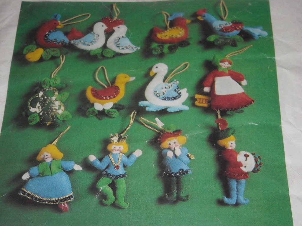 Vintage Twelve Days of Christmas Felt Christmas Tree by ...