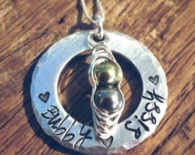 Custom peapod mothers necklace,hand stamped silver peapod jewelry, personalized mother gift, couples name, Mothers Day, gift birthstone gift