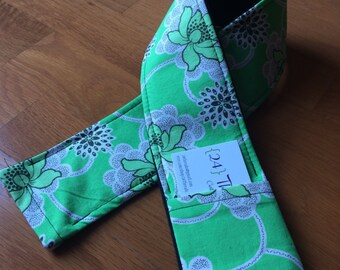 Green Floral Camera Strap Cover with Lens Cap Pocket