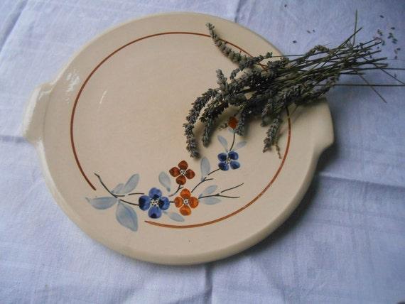 Art Deco Cake Plate 1930's Sarreguemines Handpainted Off White Pie Dish French Porcelain Floral Design #sophieladydeparis