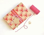 Large Festive Gift Wrap : Oh Deer Its Christmas