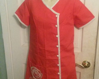Vintage red and white day dress with rose embroidery.  Crisp.