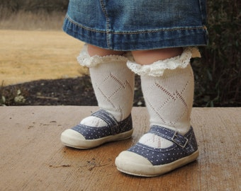 Toddler ages 2 to 4 years - Lace Boot Socks